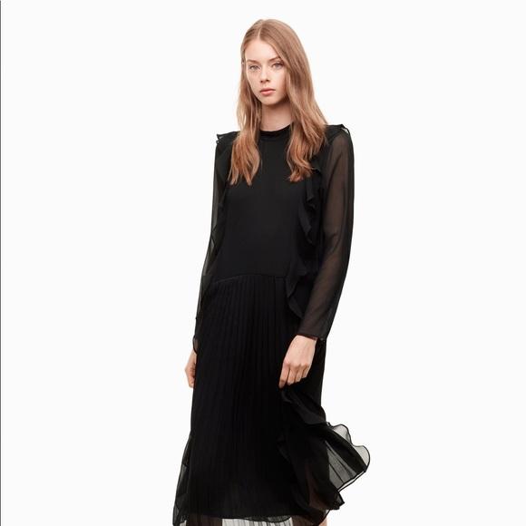 Aritzia Dresses & Skirts - Aritzia Little Moon Orchid Dress
